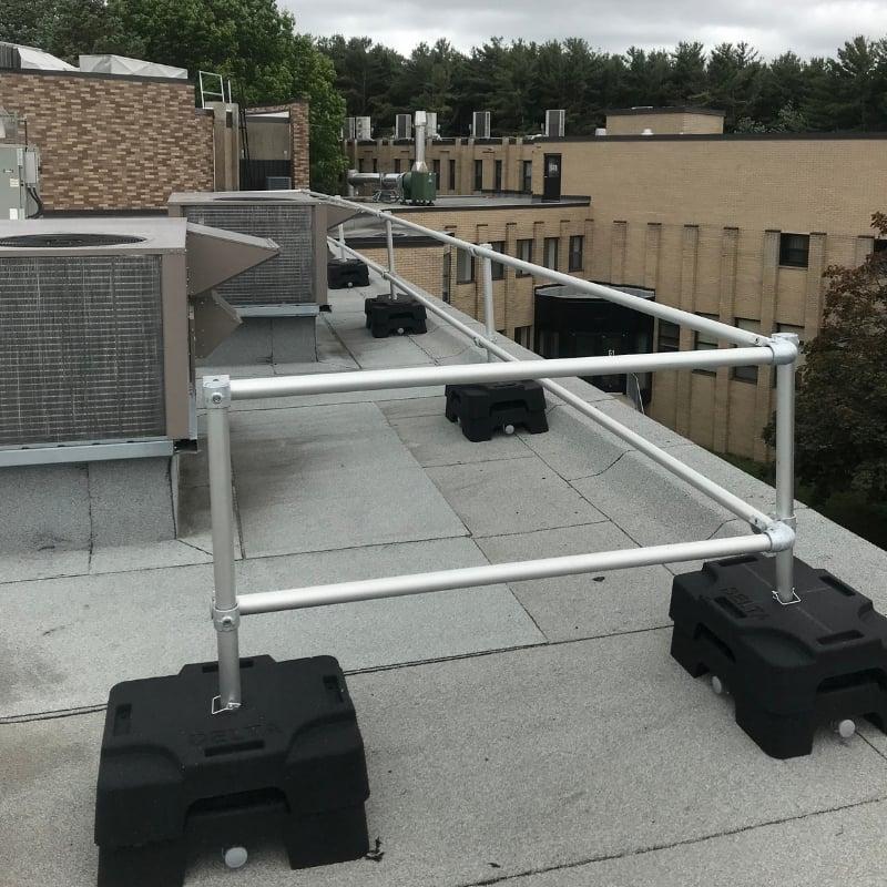 VSS Compact guardrail system