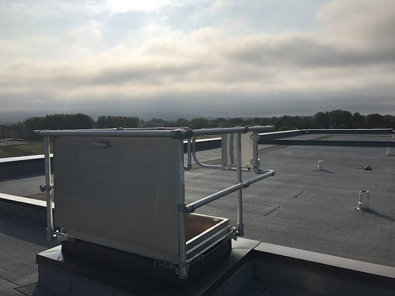 Trappe de toit : quelles sont les normes à respecter?