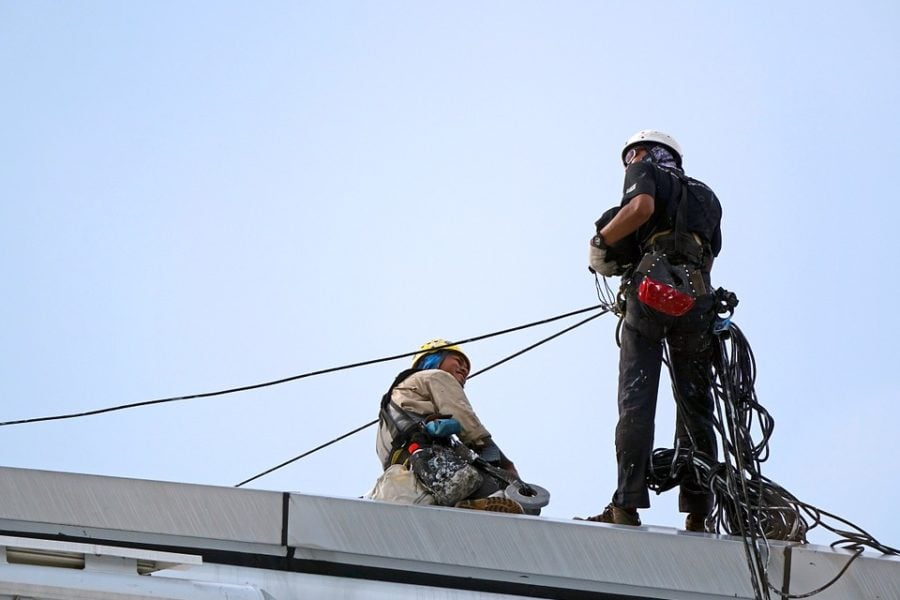 The Disadvantages of a Safety Harness for Roofing