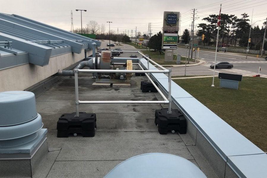 VSS Compact freestanding guardrails