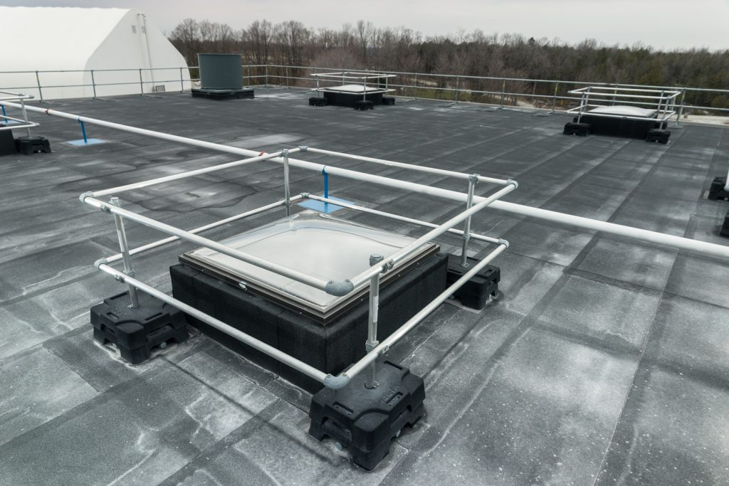 roof-skylight-protection-guardrail-1