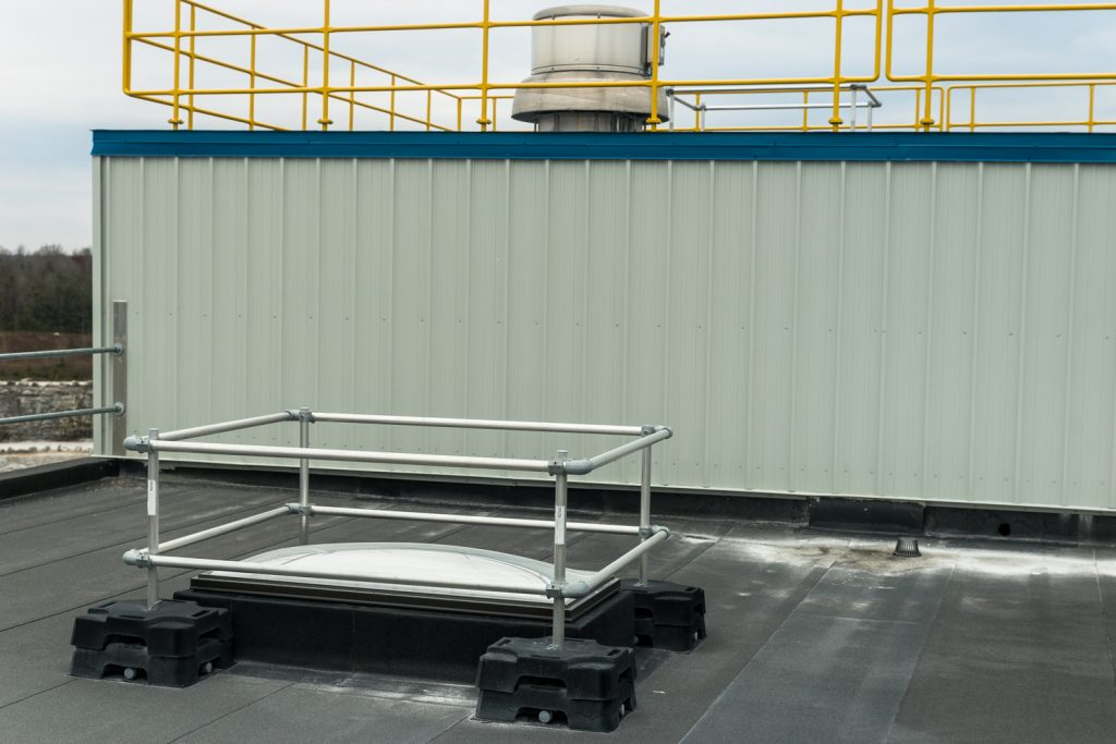 roof-skylight-protection-guardrail-3
